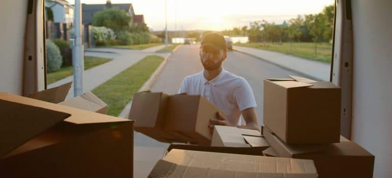 Nolensville Movers are trustworthy and reliable moving company.